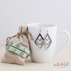 Silver Chevron with mint wrap! Locket Charms, Lockets, South Hill Designs, Pink Bubbles, Floating Charms, Vintage Type, Create Your Own Story, Diamond Are A Girls Best Friend, My Happy Place
