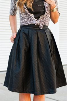 Quilted leather skirt {details}