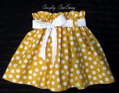 Mustard little girls skirt. some way cute handmade clothes! Cute Toddler Girl Clothes, Toddler Skirt, Toddler Girl Outfits, Kids Outfits, Little Girl Skirts, Skirts For Kids, African Dresses For Kids, Girls Dresses, Baby Girl Dress Patterns