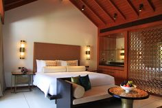 Alila Diwa Goa - Family Room - by Plum Design
