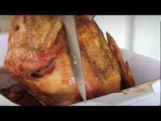 Another great kidney-friendly recipe from Sodium Girl, this time in video form! A kidney-friendly Roast Turkey with Fresh Sage, perfect for Thanksgiving! #thanksgiving