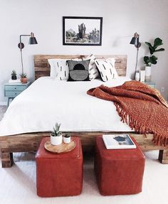 So cute home details. I love this interior design! It's a great idea for home decor. Cozy Home design. cute home Home Decor Bedroom, Interior Design Living Room, Bedroom Furniture, Bedroom Bed, Bedrooms, Bedroom Wall Lamps, West Elm Bedroom, Jungle Bedroom, Bedroom Ideas