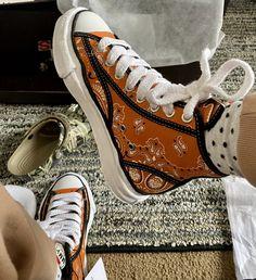 Kicks Shoes, Shoes Sneakers, Jordan Shoes Girls, Hype Shoes, Sneaker Boots, Trendy Shoes, Shoe Closet, Custom Shoes, Shoe Game