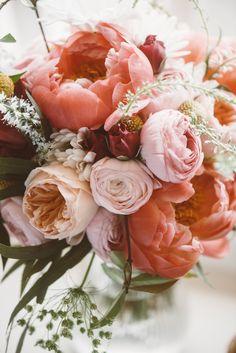 Photo by: Jessi Field Photography #peony #ranunculus #sprayrose #gardenrose #veronica #billyballs #craspedia #queenanneslace #blush #beach #yellow #bridalbouquet #weddingflowers #lovepartywes #JessiFieldPhotography