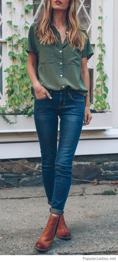Olive shirt, jeans and brown boots look
