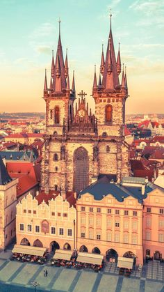 Cool Pictures, Beautiful Pictures, Easy Jet, Prague Czech, Europe, Place Of Worship, Phuket, Solo Travel, Wonders Of The World