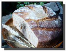 Tento podmáslový chleba se dá upéct jak v troubě (volně na plechu, bez formy, která by jej podržela), tak i v remosce – která si na jeho upečení vezme pouhou pětinu elektřiny, co potřebuje k upečení trouba. Bread, Baking, Food, Brot, Bakken, Essen, Meals, Breads, Backen