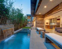 Revestimento atérmico e antiderrapante, piso cimentício ideal para que procura conforto a beira da piscina. #eurorevestimentos www.eurorevestimentos.com