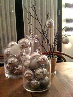 Classy Christmas decor that's cheap and easy!