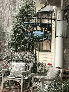 When the winter air is brisk, simply walking past the high-back rocking chairs on the porch of the Welsh Hills Inn might be frustrating for dedicated porch-sitters. Christmas Destinations, Christmas Getaways, Christmas Town, Christmas Travel, Holiday Travel, Best Christmas Vacations, Winter Vacations, Christmas Stuff, Western Christmas