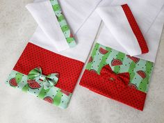Dish Towel Crafts, Dish Towels, Tea Towels, Kitchen Kit, Kitchen Towels, Cool Kitchens, Christmas Stockings, Napkins, Quilts