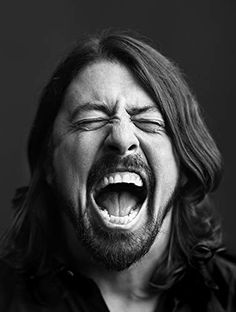 Dave Grohl in Off Camera with Sam Jones Photo Shoot Tips, Best Photo Poses, Self Portrait Drawing, Portrait Art, Beauty Portrait, Portrait Photo, Black And White Portraits, Black And White Pictures, There Goes My Hero