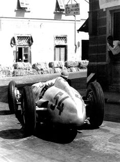 Manfred von Brauchitsch pass by in his Mercedes W154 during the Coppa Ciano, a non-championship event held in 1938 in the Italian town of Livorno