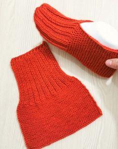Gardengate Knitalong Week It'S So Fun Gardengatesweater - Knitting Knit Slippers Free Pattern, Knitted Slippers, Crochet Slippers, Booties Crochet, Knit Crochet, Knitting Designs, Knitting Patterns Free, Knit Patterns, Free Knitting