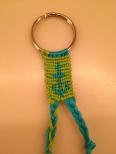 Learn how to make friendship bracelets_____ _____ _____ _____ _____ _____ _____ _____ _____ Photo by Added by Friendship bracelet pattern 7116 Friendship Bracelet Patterns, Friendship Bracelets, Weaving Yarn, Alpha Patterns, Key Chain, Diy Clothes, Knots, Jewerly, Diy And Crafts