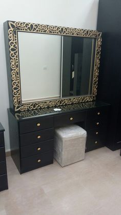 Dressing Table Design, Dressing Tables, Bed Furniture, Luxury Furniture, Furniture Design, Room Color Design, Lcd Panel Design, Bedroom Bed Design, Beauty Room