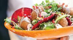 """יוסף (זוזו) חנא, שף המסעדות הלבנוניות המצליחות """"קצה הנחל"""" ו""""תנורין"""" עם מתכון משגע למיני קובות בגודל ביס, כדי שלא ימלאו את הבטן לפני הארוחה"""