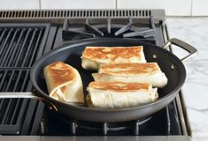 Breakfast Burritos – Replace meat with veggies or potatoes! Breakfast Burritos – Replace meat with veggies or potatoes! Make Ahead Breakfast Burritos, How To Make Breakfast, Breakfast Bake, Breakfast Recipes, Snack Recipes, Camping Breakfast, Sausage Breakfast, Snacks, Breakfast Ideas