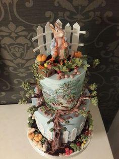 Villa del Parque Peter Rabbit Cake, Peter Rabbit Birthday, Peter Rabbit Party, Cupcakes, Cupcake Cakes, Beatrix Potter Cake, Carousel Cake, Gateaux Cake, Character Cakes