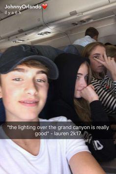 Gotta love Lauren there Siblings Goals, Family Goals, Twin Star Exorcist, Love Lauren, Mackenzie Ziegler, Teen Choice Awards, Bff Pictures, Celebs, Celebrities