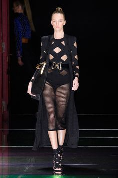 The Most Beautiful Runway Moments From Paris Fashion Week Spring 2016 | Balmain