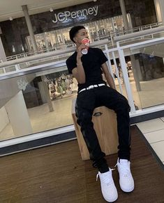 Dope Outfits For Guys, Swag Outfits Men, Tomboy Outfits, Gorgeous Black Men, Cute Black Guys, Fine Black Men, Mode Streetwear, Streetwear Fashion, Ropa Hip Hop
