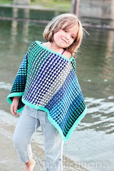 Ice Queen Poncho pattern by Elena Nodel in baby to adult sizes #knitting #girls #poncho #craft