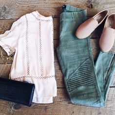 #ootd #outfit #clothes Colored Jeans Outfits, Jean Outfits, Fall Outfits, Summer Outfits, Fashion Sets, Summer Clothes, Spring Summer, Ootd, Lifestyle