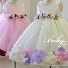 2015-nuove-ragazze-di-fiore-abiti-formali-bambini-principessa-floreale-appliques-ball-gown-bambini-vestito-da.jpg (595×595)