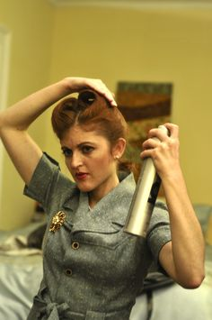 How to Make Victory Rolls: A Step-by-Step Guide to Getting the Pin-Up ...