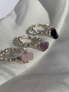Wire Jewelry Rings, Wire Jewelry Designs, Handmade Wire Jewelry, Cute Jewelry, Crystal Jewelry, Diy Jewelry, Beaded Jewelry, Jewelery, Jewelry Making
