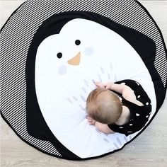 Easy Included: 1 x Baby Crawling Mat. Large enough for daily baby activity, unisex for infant boys and girls. Our new baby play mat is a luxurious addition for you and your baby. Best Baby Play Mat, Diy Tapis, Baby Items For Sale, Penguin Animals, Crawling Baby, Kids Blankets, Toddler Play, Cute Penguins, Playroom Decor
