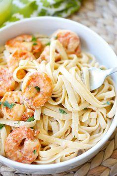 Crispy shrimp pasta - the best shrimp pasta ever with rich creamy sauce and cajun-seasoned crispy fried shrimp. So easy to make and takes only 30 mins | rasamalaysia.com | @kevinandamanda