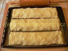 Štrůdl Strudel, Spanakopita, Hot Dog Buns, Deserts, Bread, Cake, Ethnic Recipes, Food, Hampers