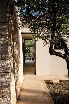 Luca, Genius Loci, Old Building, Countryside, Sidewalk, Italy, Stone, Instagram, Garden