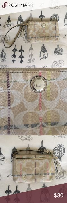Coach Wristlet! Gently used Coach Wristlet! Open to all offers :) Coach Bags Clutches & Wristlets