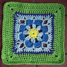 crochet square (used free pattern from SmoothFox, here is the link: http://www.ravelry.com/patterns/library/free-smoothfoxs-just-peachy-blossom-6x6)