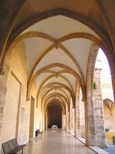 Valencia Convent carme claustre gotic