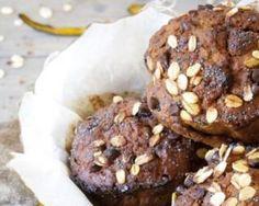 Muffins au chocolat light au son de blé : http://www.fourchette-et-bikini.fr/recettes/recettes-minceur/muffins-au-chocolat-light-au-son-de-ble.html