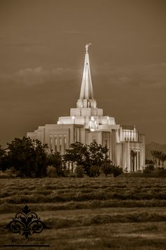 """Gilbert Arizona Temple --For pricing and information please contact me at miller.jf2010@gmail.com or send me a message. Remember to stop by Jason's Photography and """"like"""" my page for additional offers and promotions."""