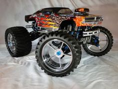 Nitro Off-Road - NEW RIMS - Hello all, I got some new rims for my modded T-maxx and wanted to show them off they are designed for scale baja / monster trucks but I like them on this Remote Control Boat, Radio Control, Rc Cars And Trucks, Chevy Trucks, Rc Kits, Chevrolet Van, Nintendo, Rally Car, Custom Bikes