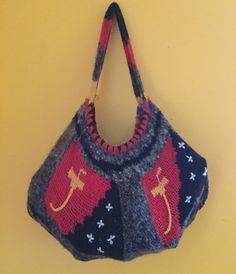 Papua New Guinea Bilum String Bag Cuscus Fur Red Yellow Black PNG Flag String