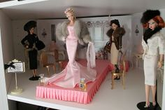 Runway diorama by think_pink1265, via Flickr