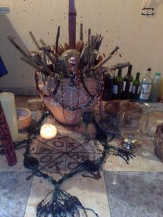 Caldudon for spirits Religion In Africa, Yoruba Religion, What Is Santeria, Wicca, Voodoo Shop, Voyant Medium, The Black Cauldron, Altar, World Religions