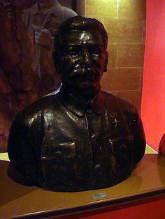https://flic.kr/p/tFYFMM | Hungary 2008 - House of Terror (Budapest) - Stalin | Pictures by Björn Roose. Magyarország/Hungary, 2008.