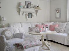 Lovely shabby pinks and whites : L A N D L I E B E-Cottage-Garden