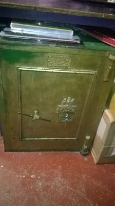 Floor Mounted Antique Metal Safe