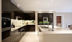 Extreme gloss kitchen