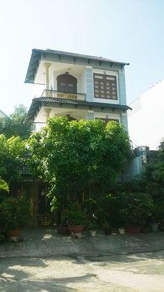 Biệt thự cho thuê, hẻm đường Phan Huy Ích – Quận Tân Bình, DT 8x17m, 1 trệt, 2 lầu, giá 17 triệu http://chothuenhasaigon.net/vi/cho-thue/p/14949/biet-thu-cho-thue-hem-duong-phan-huy-ich-quan-tan-binh-dt-8x17m-1-tret-2-lau-gia-17-trieu