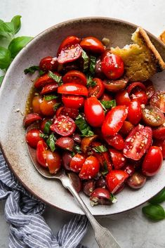 When fresh tomatoes are in season, we eat them at almost every meal, and this juicy, simple marinated tomato salad recipe is one of our favorite ways to enjoy the bounty! Marinated Tomato Salad Recipe, Marinated Tomatoes, Vegetable Dishes, Vegetable Recipes, Healthy Vegetables, Veggies, Summer Side Dishes, Healthy Dinner Recipes, Vegetarian Meals